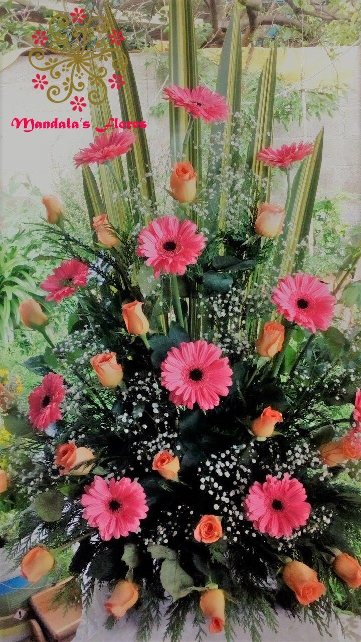 Rosas Naranjas Y Gerberas Rosas Arreglos Florales Rosas