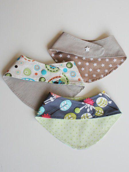 Schnittmuster & Anleitung für ein Baby-Wendehalstuch