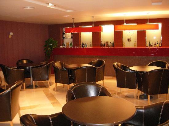 Resultado de imagen para decoracion de cafeterias modernas - Decoracion cafeterias modernas ...