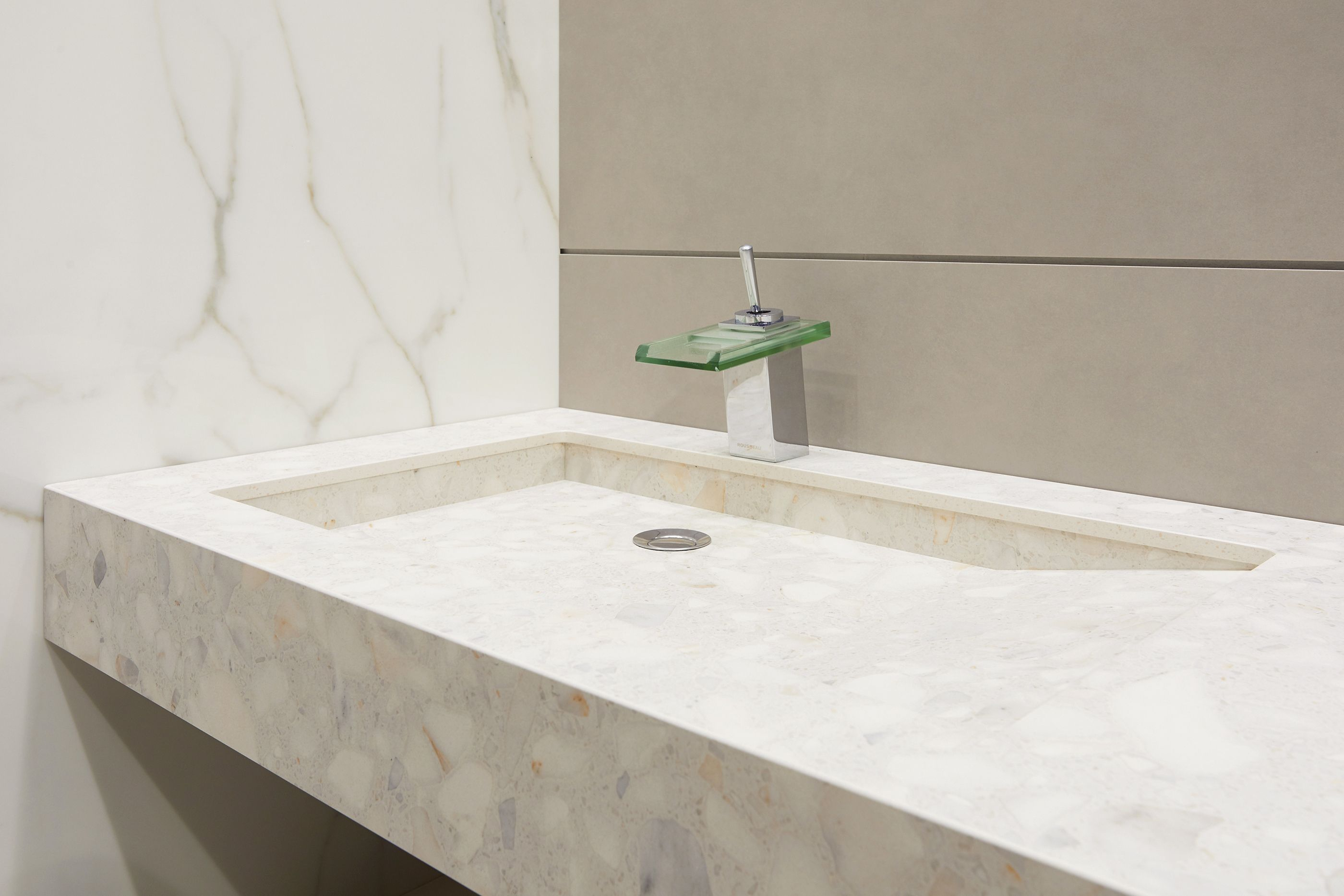 This week Neolith is showcasing at KBB Birmingham its multiple ...