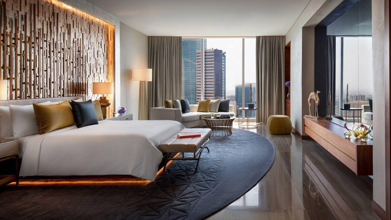 Luxury 5 Star Hotel In Downtown Dubai Renaissance Downtown Hotel Dubai Hotel Interior Bedroom Hotel Room Interior Luxury Hotel Room