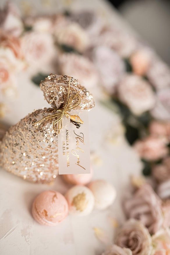 Pin By The Gorgeous Wedding Catering On Wedding Catering Ideas In 2020 Wedding Favors Cheap Honey Wedding Favors Affordable Wedding Favours