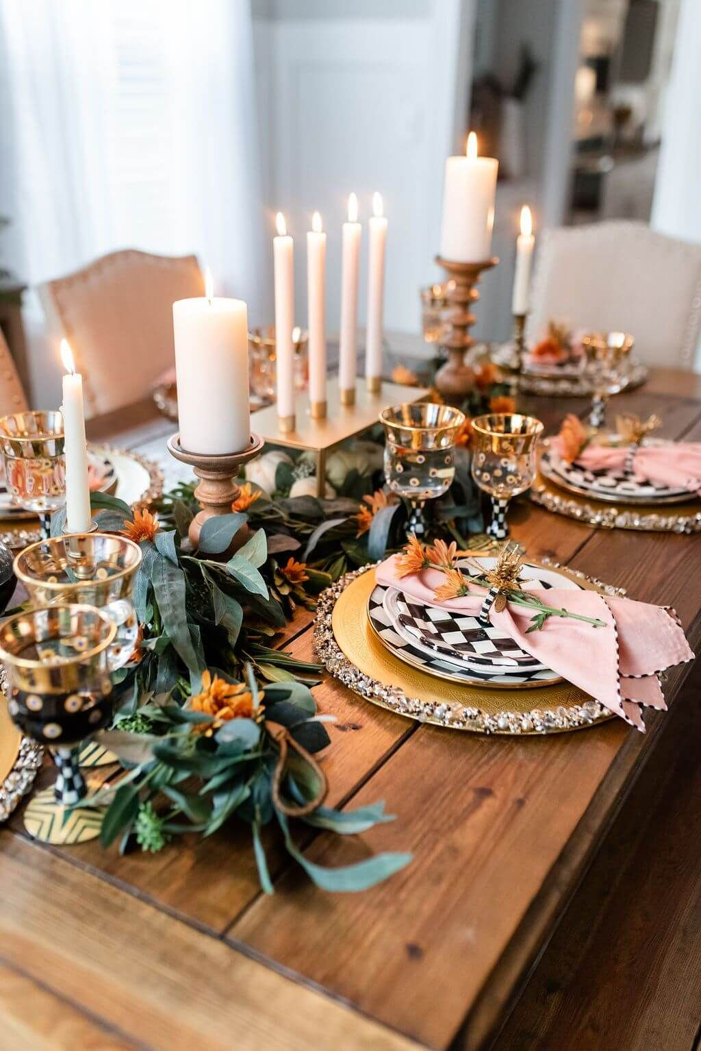 15 Stylish And Easy Thanksgiving Dinner Table Decorations