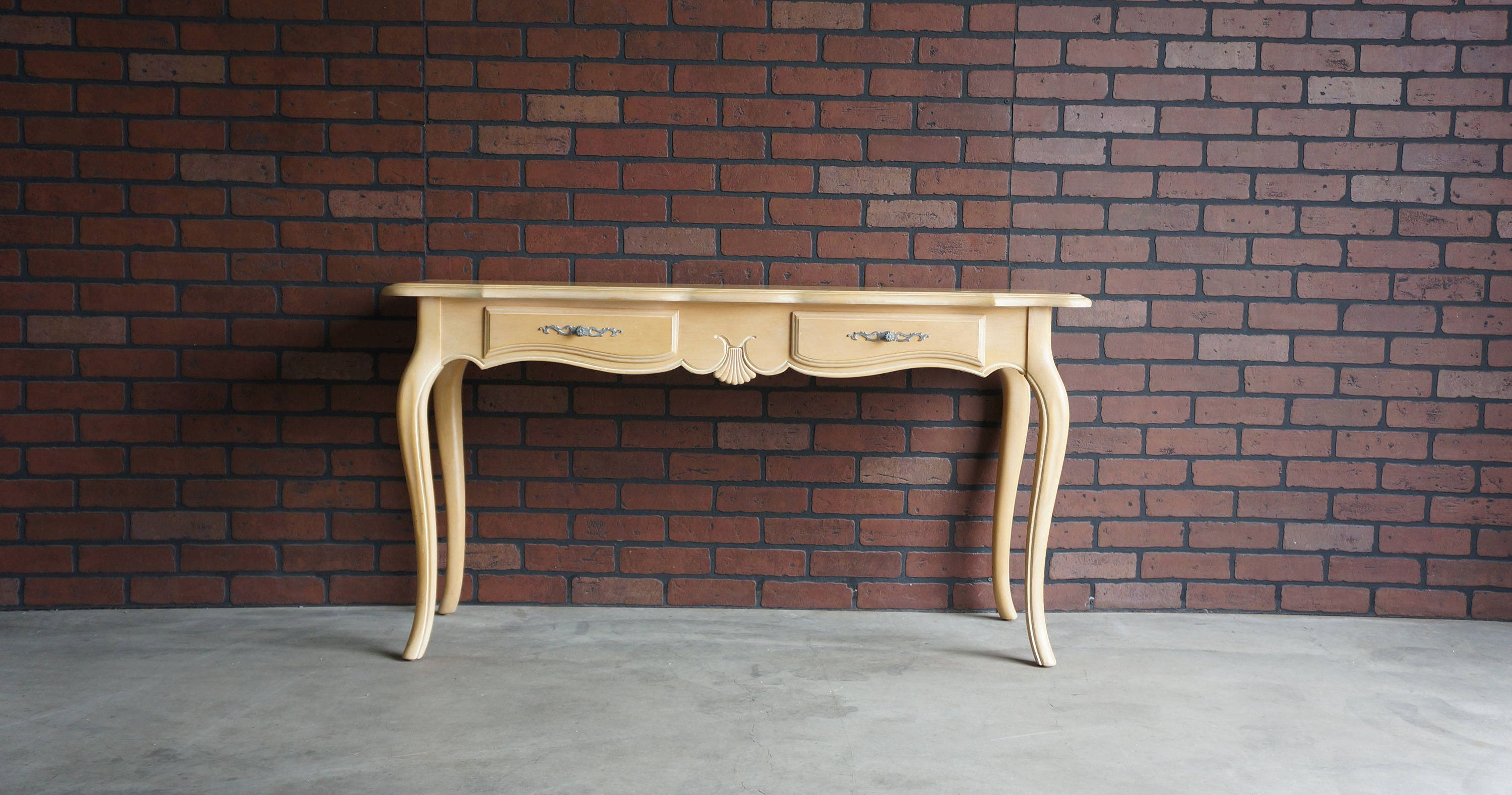 Console Entry Table Hall Table Country French Sofa Table By Ethan Allen Entry Table Hall Table Furniture Resale