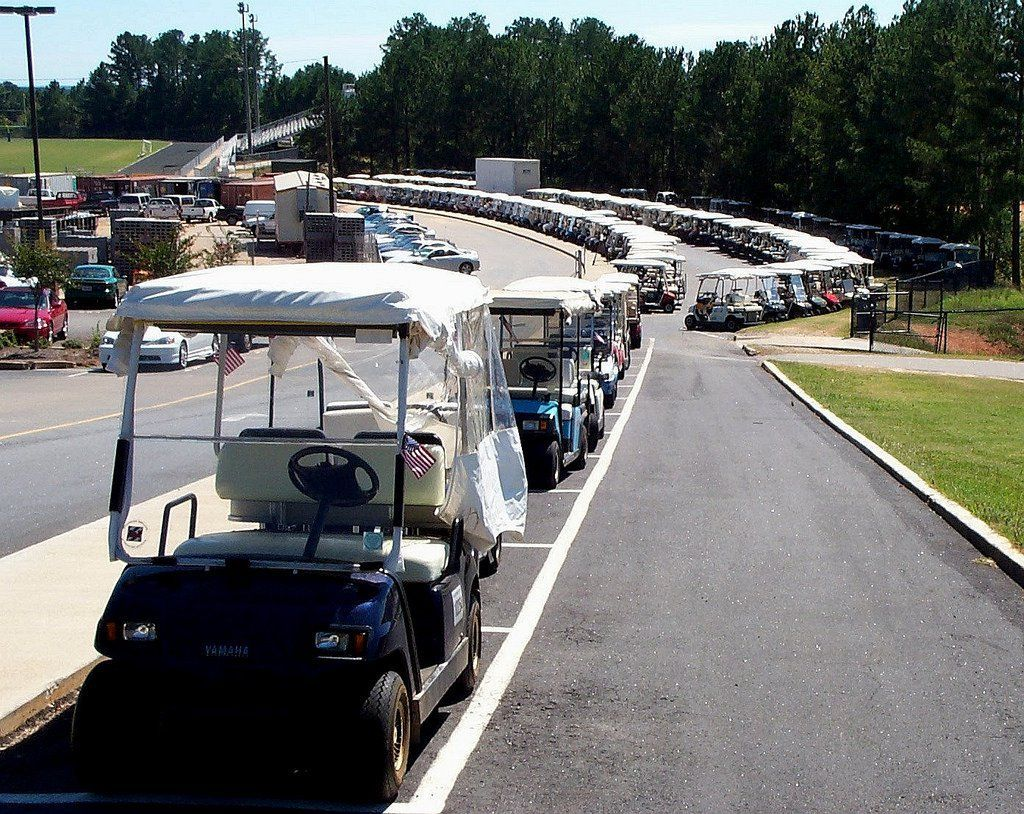 Peachtree City Ga With Golf Carts As Their Primary Means Of Transportation This City Is One Of The Most Un Peachtree City Safe Cities Peachtree City Georgia