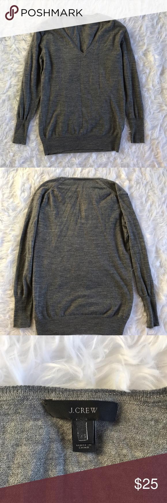 Jcrew vneck merino wool gray sweater Jcrew 100% merino wool gray sweater in good condition. No flaws. Great vneck light but warm sweater. Size XS J. Crew Sweaters V-Necks