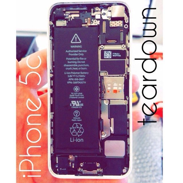 The internals of the new iPhone 5c from Apple