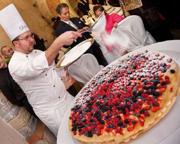 for those who ask which is a typical Italian wedding cake.. here is ...