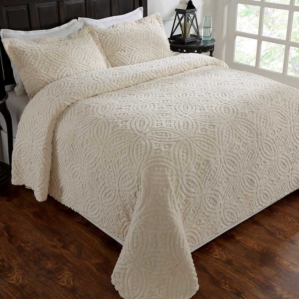 Vicky Chenille Bedspread Queen In 2020 Bed Spreads Chenille Bedspread Beautiful Bedding