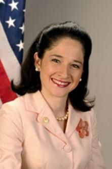 Susana A Mendoza Was Sworn In As City Clerk Of Chicago On May 16 2011 She Is The First Woman Ever Elected To T Chicago Pride Role Models Positive Role Model