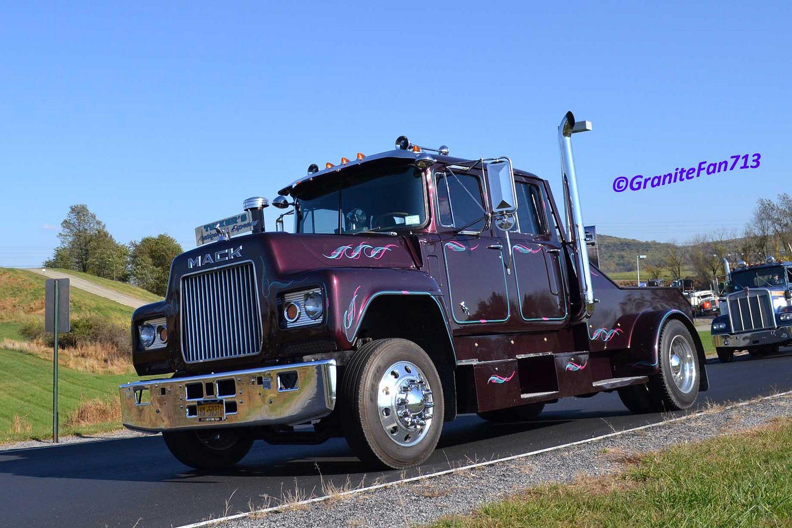 Mack r series crew cab hauler