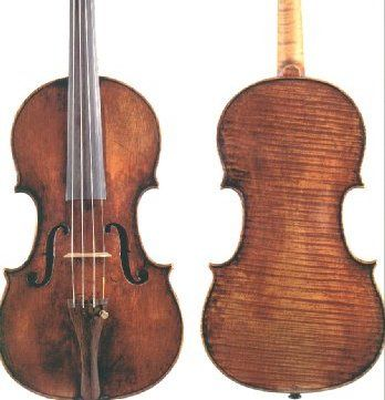 """Catraca Livre informa que o violino já foi achado. Há uma semana o músico Hanry Dawson teve seu violino roubado na avenida Indianópolis, em Moema, após usá-lo em um casamento na Igreja Nossa Senhora do Brasil. Dois travestis ameaçaram o músico com um canivete e roubaram o violino, que era cópia da marca italiana Amati,...<br /><a class=""""more-link"""" href=""""https://catracalivre.com.br/geral/urbanidade/indicacao/voce-viu-este-violino/"""">Continue lendo »</a>"""