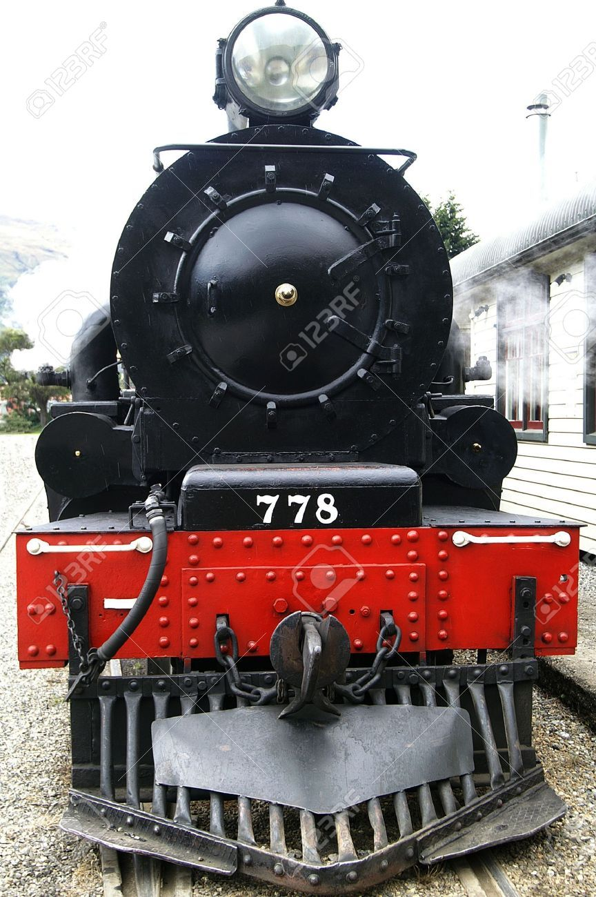 Front View Of A Historic Steam Train Steam Trains Old Trains Train