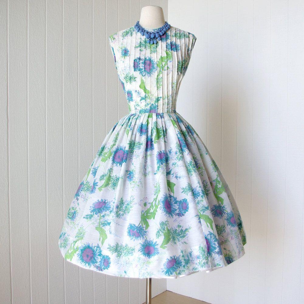 vintage 1950\'s dress ...pretty RICCI ORIGINALS blue floral garden ...