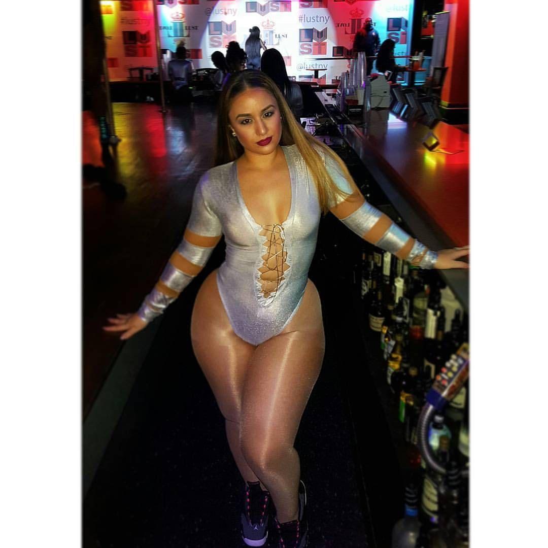 Big booty phat ass latina milf compilation 8 minutes