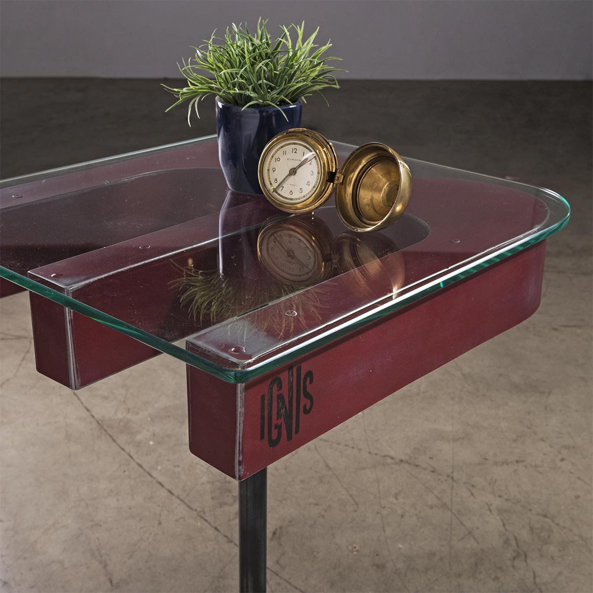 M Table Ignis Industrial Mesa Lateral Estilo Upcycle Produzida