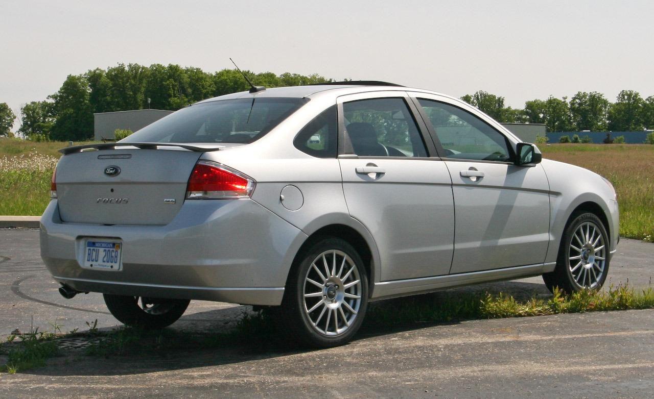 Missing Link Car Buying Guide Ford Focus Sedan Car Buying