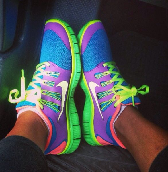 Very colorful running shoes from Nike  chaussures de tennis