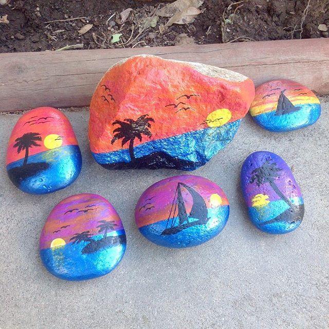 Hawaiian Sunset Beach Scene Painting Painted Rocks Rock Crafts