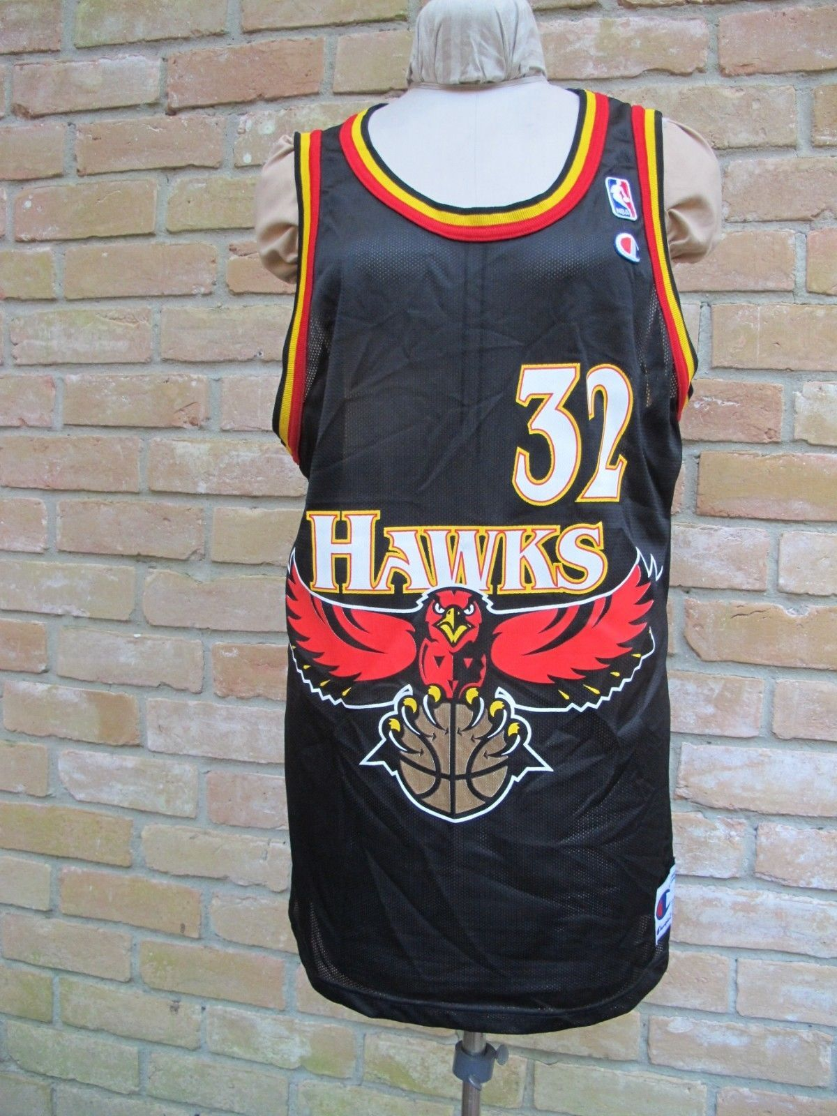 Vintage Made In USA CHAMPION Jersey  Atlanta HAWKS CHRISTIAN LAETTNER 0b85e56f1