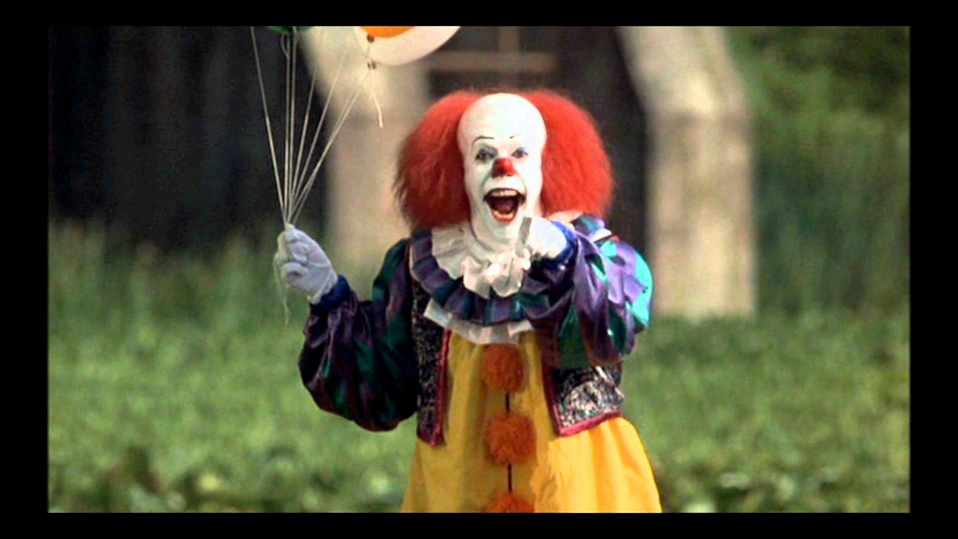 Pennywise-Stephen King's THE IT | Horror Films | Pinterest ...