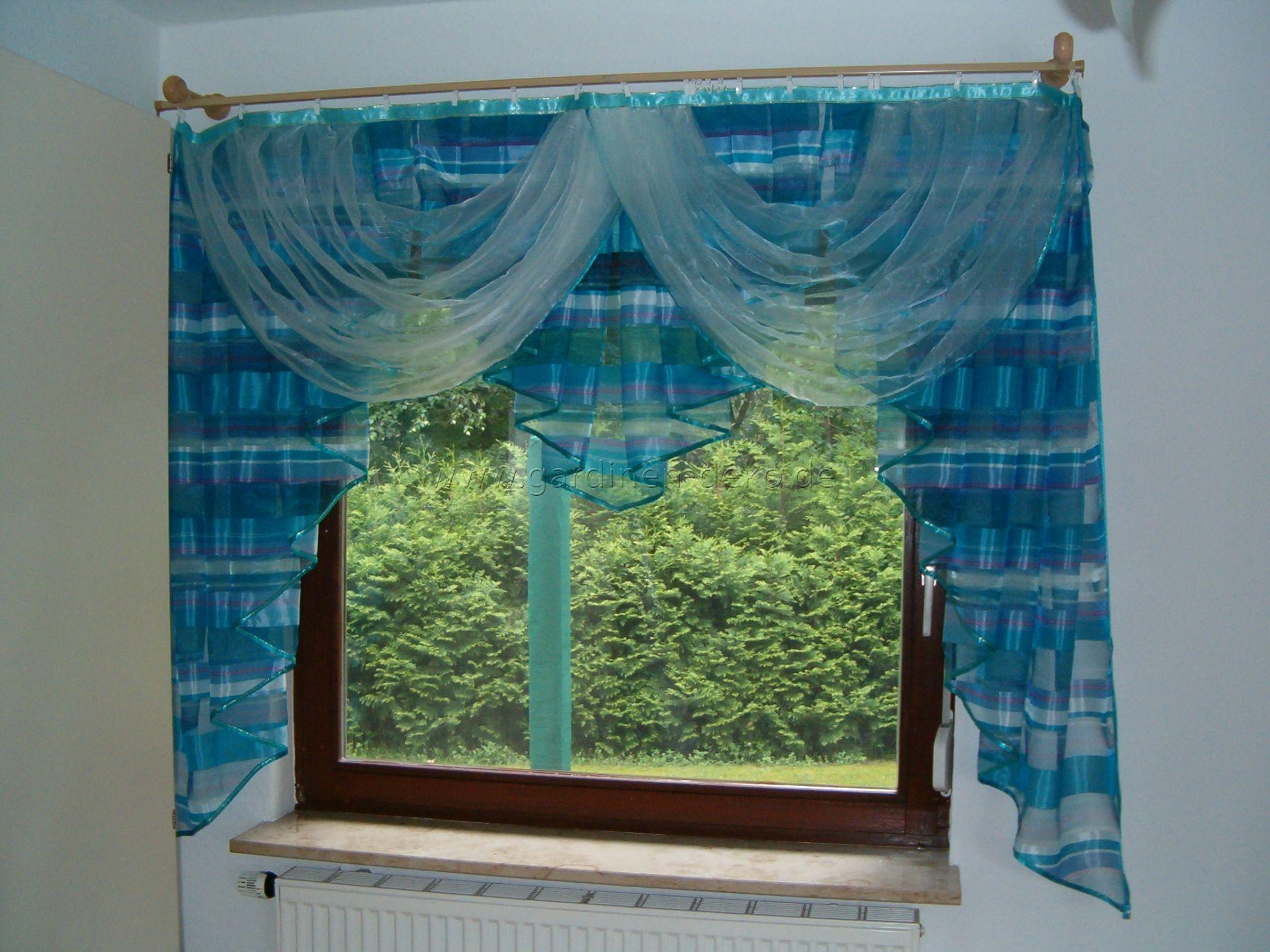 klassisch geschnittener vorhang in aqua blau. Black Bedroom Furniture Sets. Home Design Ideas