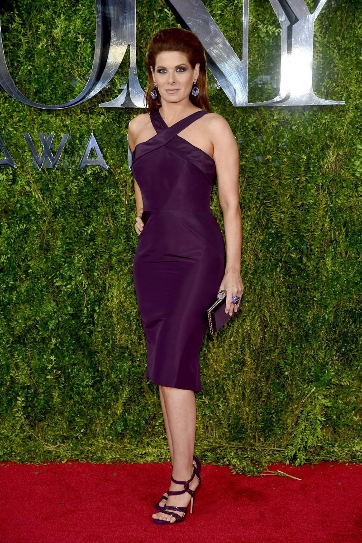 Debra Messing Curves