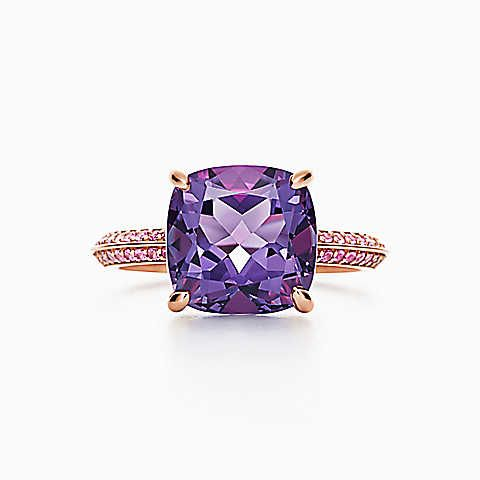 3909328f1 Tiffany Sparklers ring in 18k rose gold with an amethyst and pink sapphires.