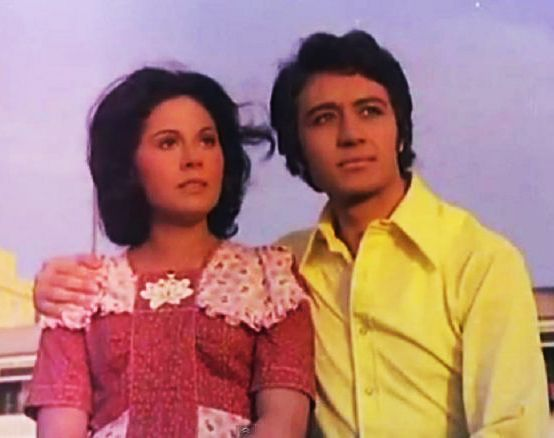 خالد زكى مع حياة قنديل أذكرينى 1978 Old Movies Celebrities Olds