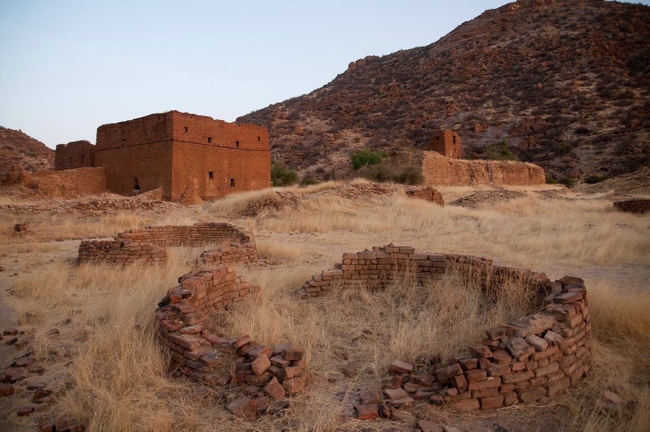 ouara, capital of the wadai kingdom in chad, abandoned in the 19th