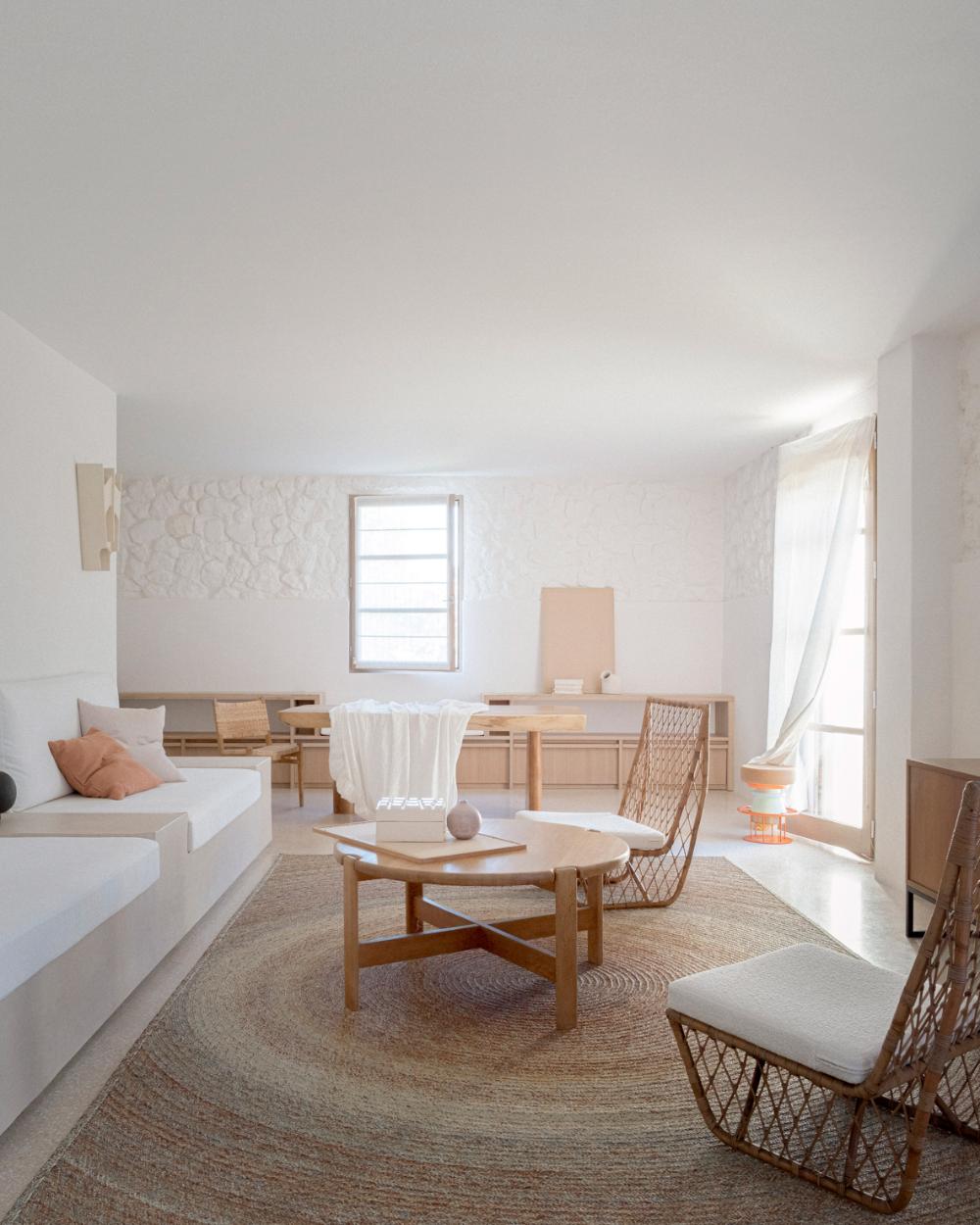 Timothee Mercier Transforms Rural French Farm Building Into Ma House In 2020 Farm Buildings Interior House Interior [ 1250 x 1000 Pixel ]