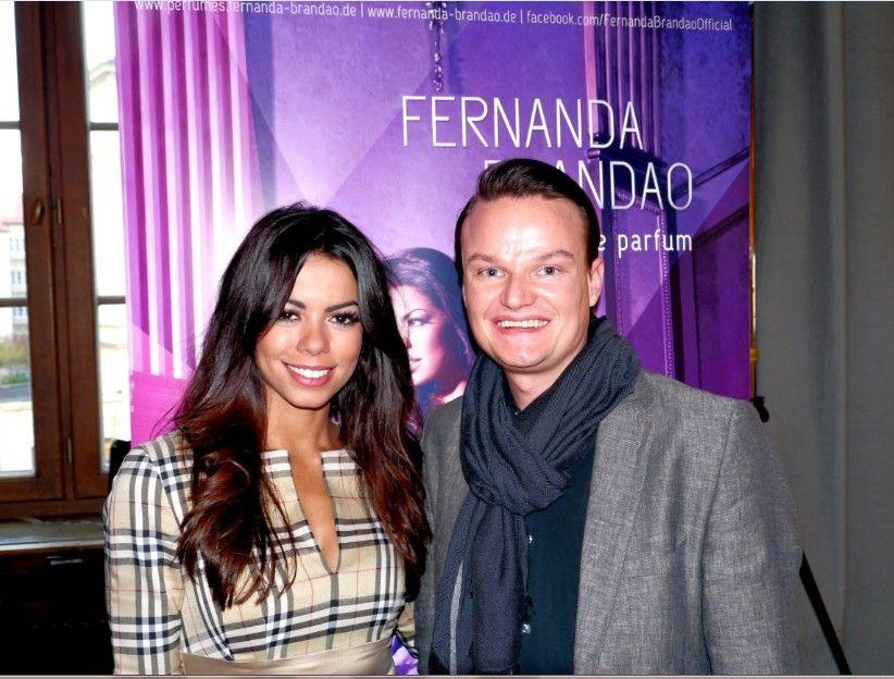 Wissen-ist-mehr.de durfte das neue Parfum von Fernanda Brandao kennenlernen. Der Duft ist genauso grandios wie seine Schöpferin. Vielen Dank für das wunderbare Gespräch!