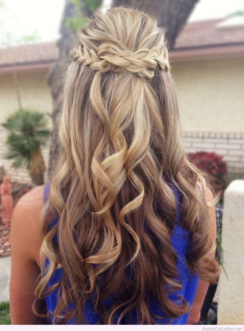Half up half down hair with curls | Wedding hair down ...