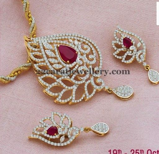 Jewellery designs enchanting leafy diamond locket gold diamond jewellery designs enchanting leafy diamond locket aloadofball Images