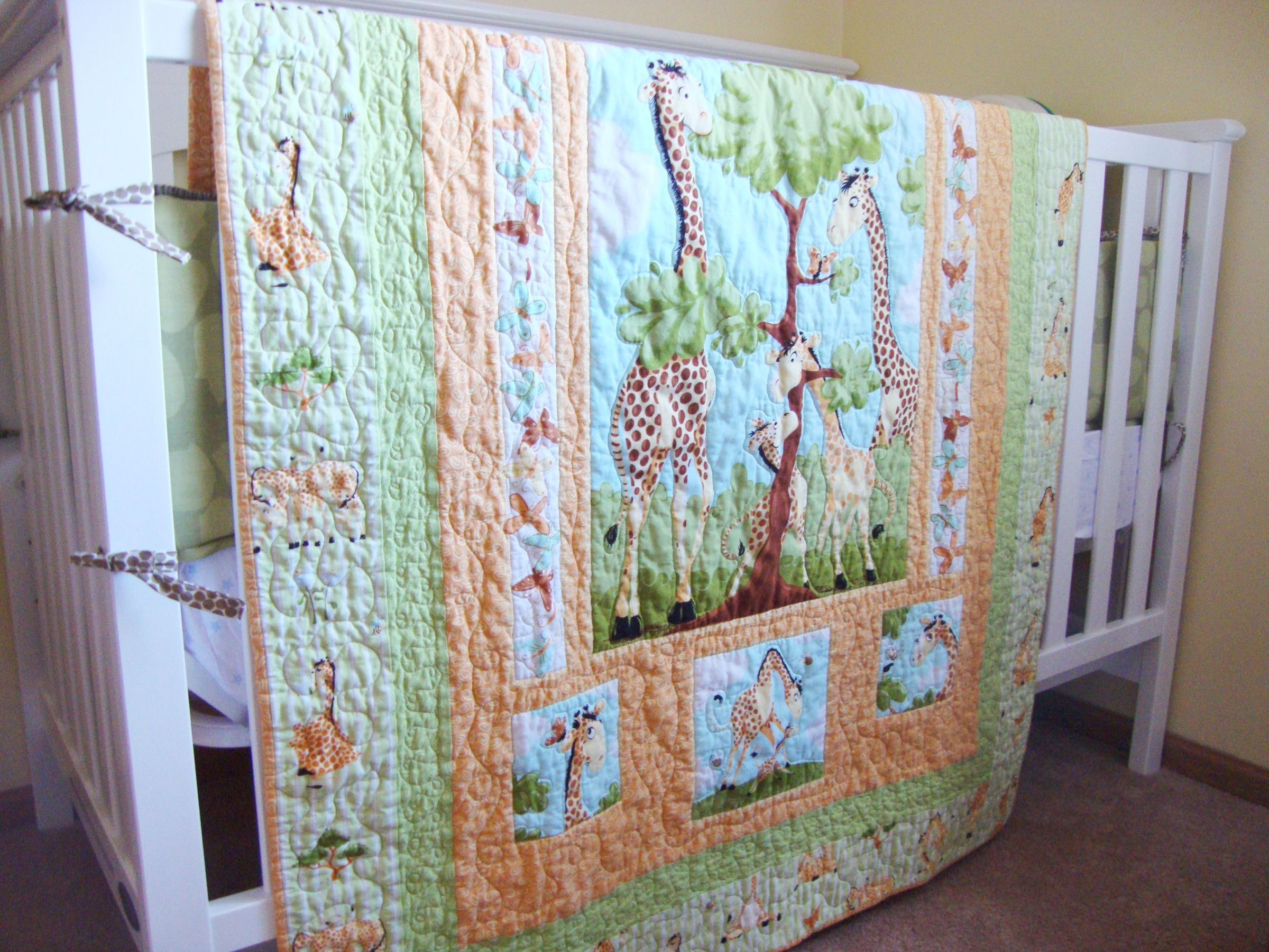 Baby quilt, quilt panel, giraffe - www.quiltaddictsanonymous.com ... : quilting with panels - Adamdwight.com