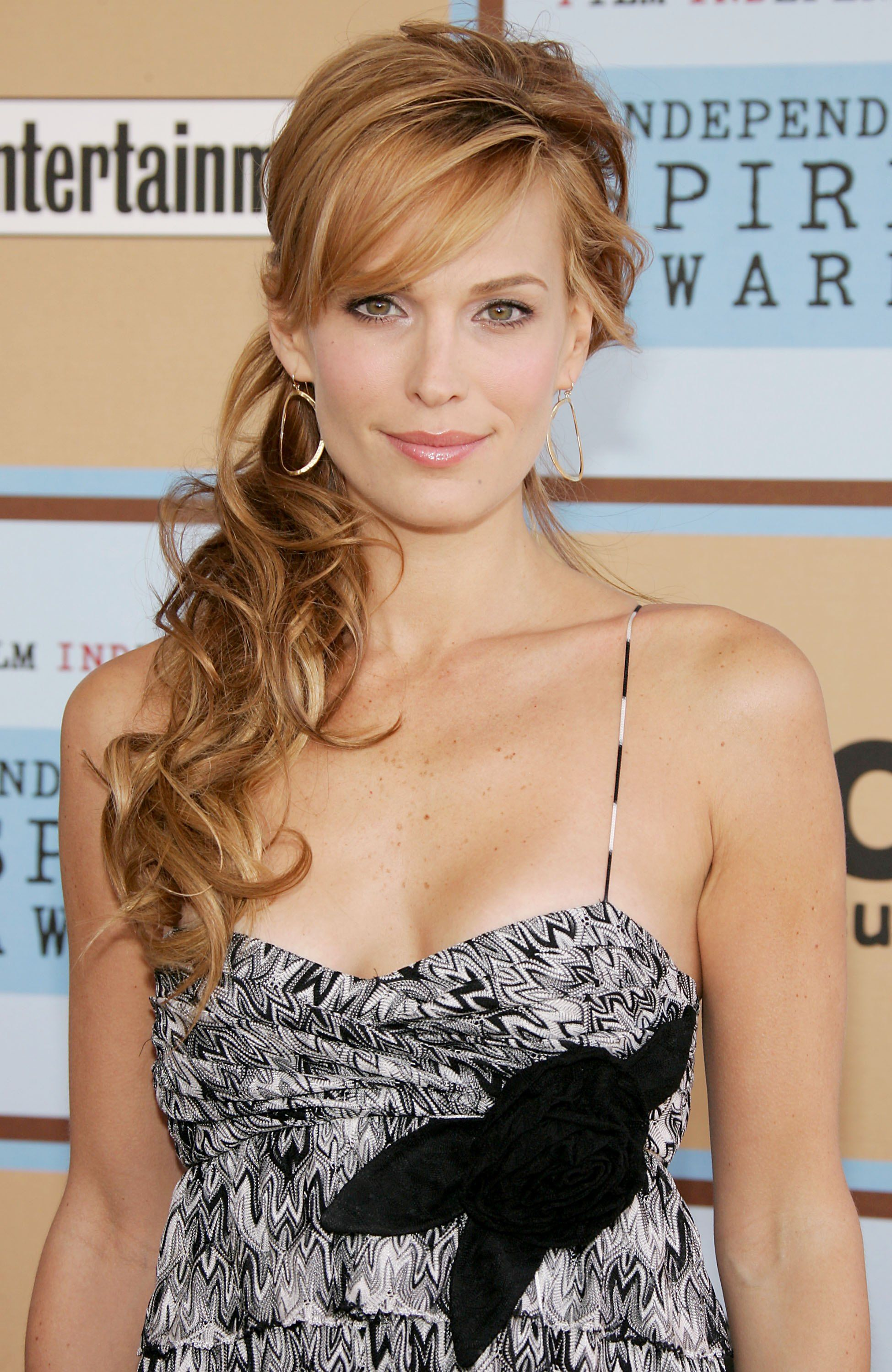 side ponytail molly sims | wedding makeup and hair | pinterest