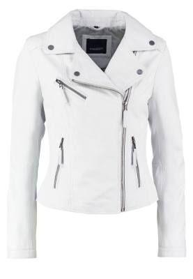 10417e6fdb00 Oakwood Chaqueta De Cuero White Las Chaquetas De Cuero Para Mujer ...