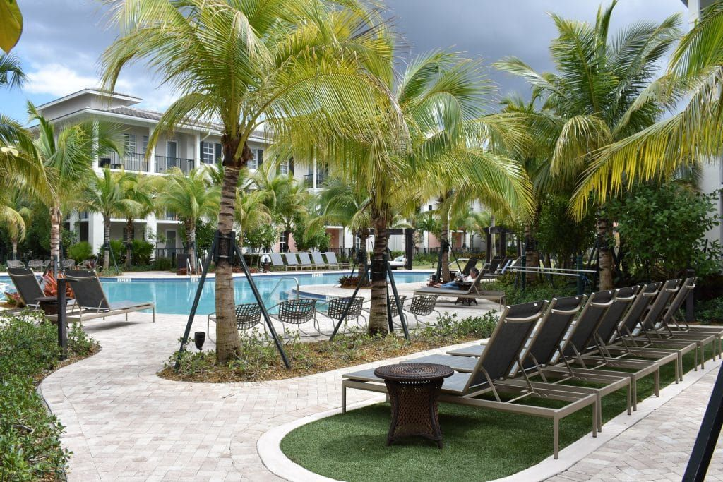 Luxury Apartments In Pembroke Pines Florida Town City Center Pembroke Pines Florida Pembroke Pines Luxury Apartments