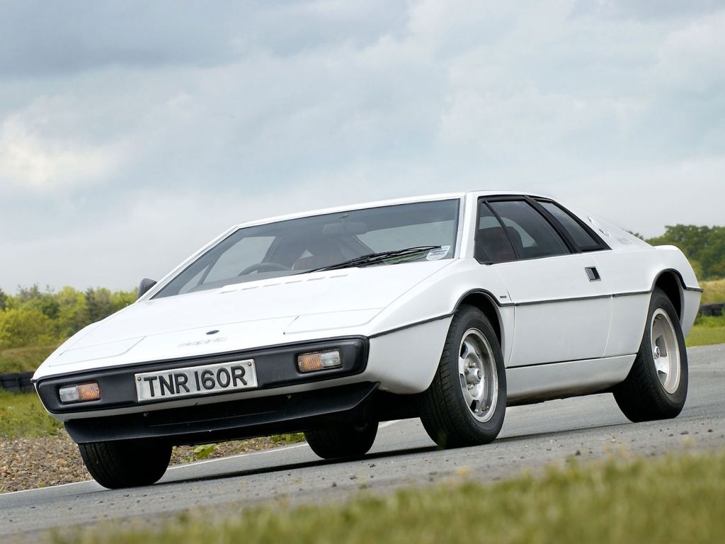 Lotus Esprit S1 Nicknamed Wet Nellie James Bond Lotus Esprit James Bond Cars Bond Cars