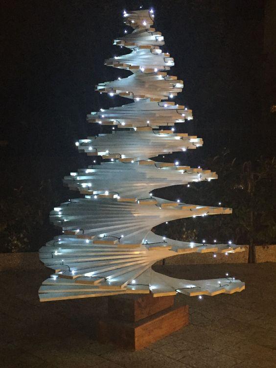 40 Unusual Cool Christmas Tree Alternatives 2019 Cool Christmas Trees Diy Christmas Tree Unique Christmas Trees