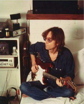 Johnlennon Playing Guitar At Home At The Dakota Nyc 1980 John Lennon And Yoko The Beatles John Lennon