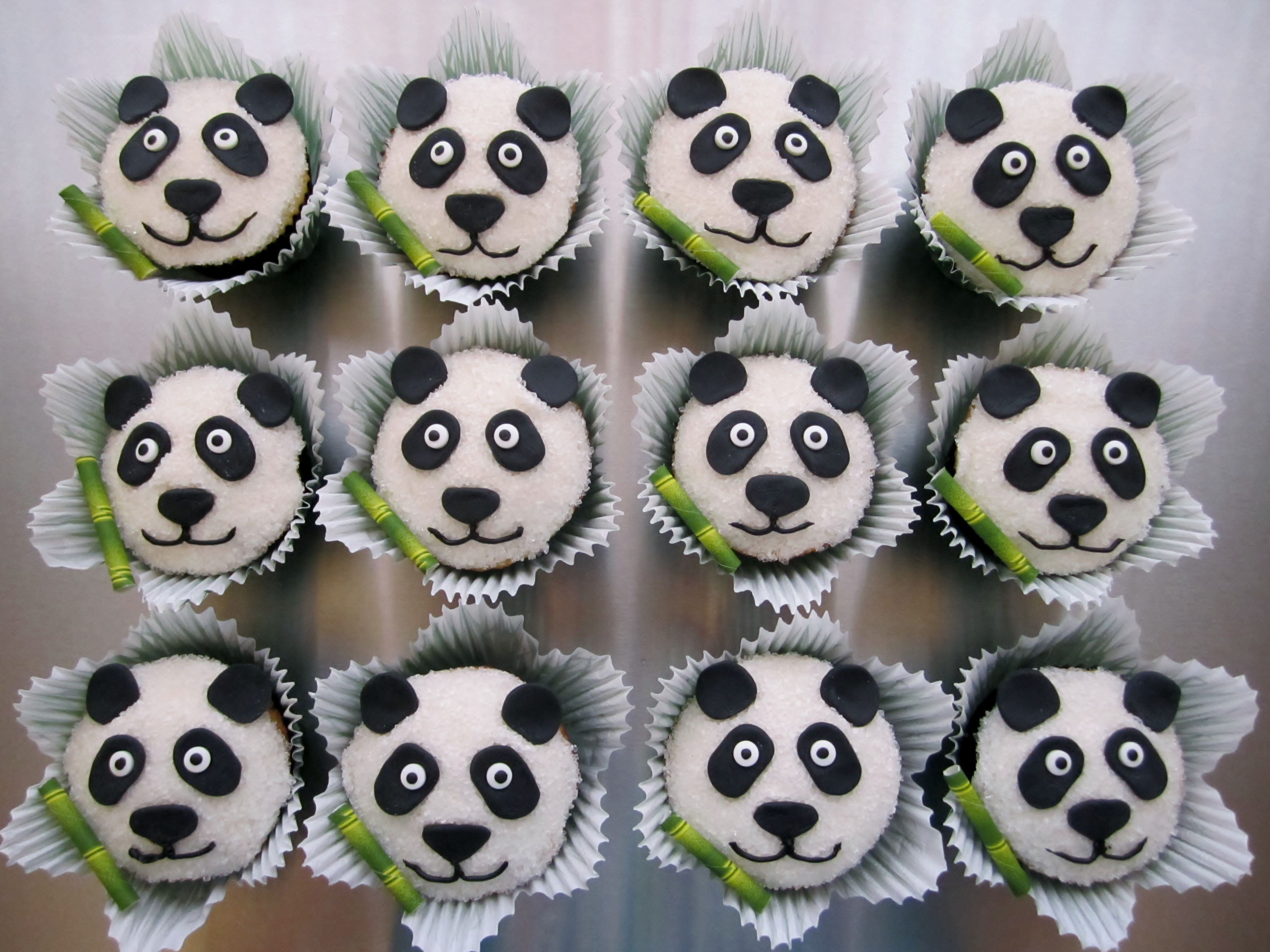 Panda Bear Cupcakes My Cupcakes Pinterest