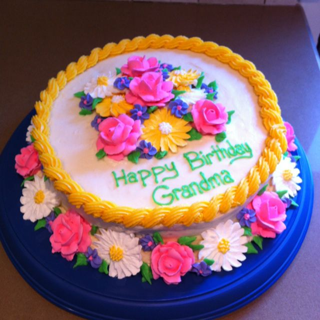Great Cake Design For Grandmas 92nd Birthday Moms Birthday
