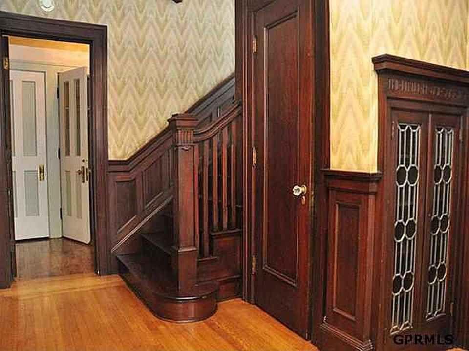 1911 omaha nebraska arts crafts craftsman - Arts and crafts bungalow interiors ...