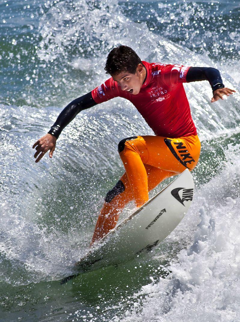 Filipe Toledo... Water surfing, Surfing, Surfer dude