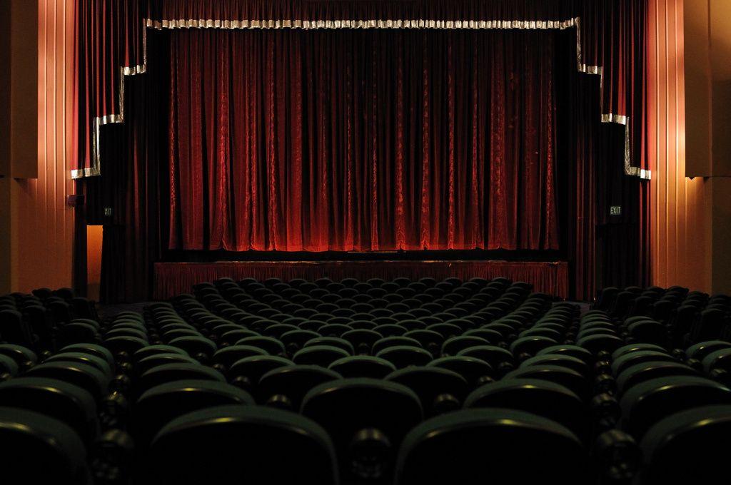 Techclack focused tech noise movie theater wonder movies