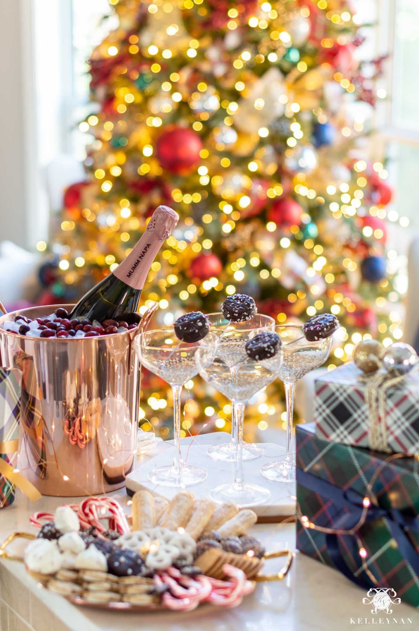 3 Unique New Year S Eve Party Ideas Entertaining Tips Kelley Nan In 2020 Easy Christmas Party Christmas Cookie Party Party Setup