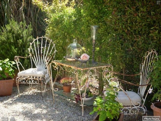 vintage garden furniture on Your Vintage Life by Kate Beavis   Home ...