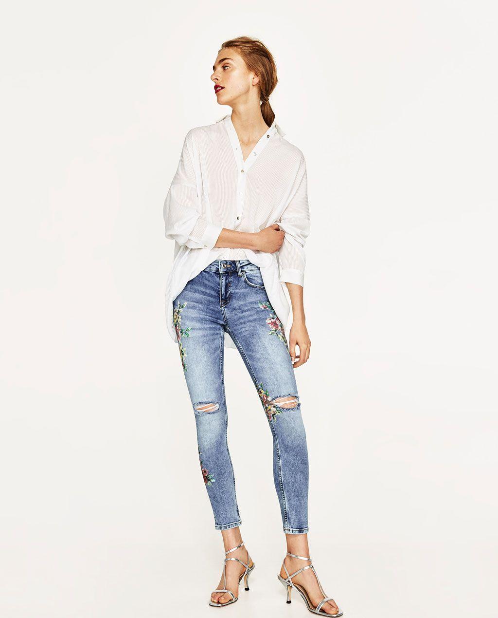 Zdjecie 1 Spodnie Jeansowe Z Nadrukiem W Kwiaty Z Zara Jeans Estampados De Flores Estampado