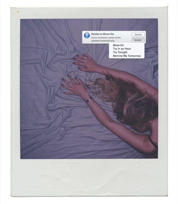 """Victoria Siemer combina fotos estilo Polaroid y ventanas de aviso los sistemas operativos para realizar """"Human error"""", donde interpreta los sentimientos como si se trataran de un error informático. http://justsomething.co/artist-inserts-computer-error-messages-into-human-lives/"""